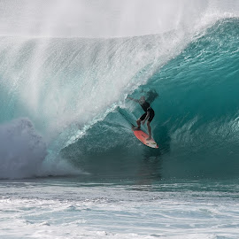Pipeline _71163 by Mike SurfshotHealey - Sports & Fitness Surfing