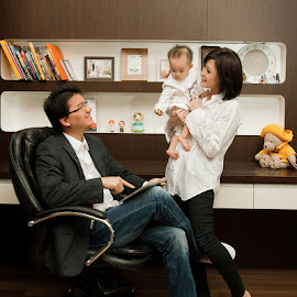 Work with Family by Yusdianto Wibowo - People Family ( home, happy, family, happy family, family portrait,  )