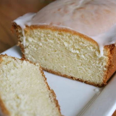 Gluten-Free Tuesday: Buttermilk Pound Cake