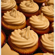 Angel Almond Cupcakes