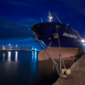 Ulusoy-8 II by Fokion Zissiadis - Transportation Boats ( thessaloniki port ulusoy-8 night photography,  )