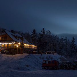 Pustevny by Martin Jahn - Landscapes Travel ( mountain, beskydy, czech republic, night, hotel )