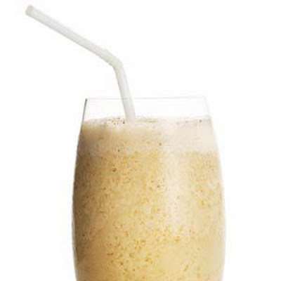 Spiced Banana-Almond Smoothie