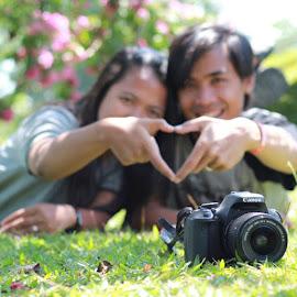 Makasih om @deddy_frans buat fotonya by Gabriel Gigin Ginanjar - Instagram & Mobile Instagram ( couple, photoku, photografy, photografer, picsart, vsco, canon )