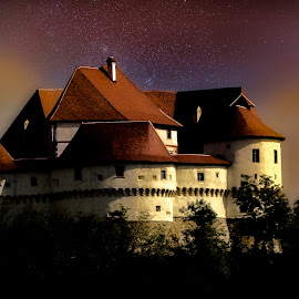 Veliki Tabor castle at night by Hrvoje Kunović - Buildings & Architecture Public & Historical ( buildings, night, castle, tabor, veliki )