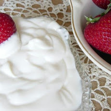 Amaretto Sour Cream Strawberries