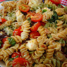 Sun-Dried Tomato & Fresh Mozzarella Pasta Salad