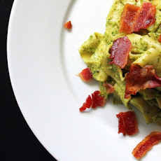 Parsley-Arugula Pesto with Pasta and Crispy Bacon