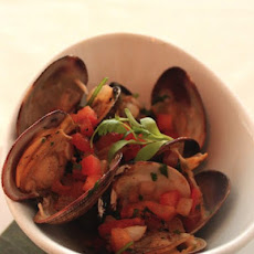 Smoked Clams With Tequila Sauce Recipe