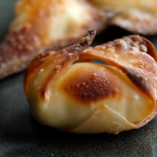 Baked Cream Cheese Jalapeño Wontons