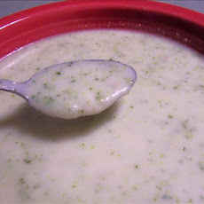 Creamy Broccoli Cauliflower Soup With Blue Cheese