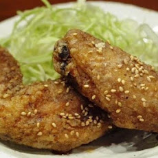 Tebasaki (Japanese-Style Deep Fried Chicken Wings)