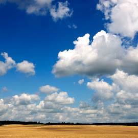 Wallpaper  by Georgios Kalogeropoulos - Landscapes Cloud Formations ( clouds, sky, blue, wallpaper, landscape )