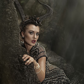 MYSTIQUE  by Crispin Lee - People Portraits of Women