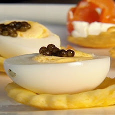 Quail's Eggs, Caviar And Smoked Salmon Canapes
