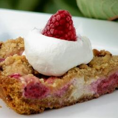 Raspberry Sour Cream Pie