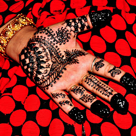 Mehendi ka Rang by Saptak Banerjee - Wedding Getting Ready ( hand, mehendi, red, color, wedding )