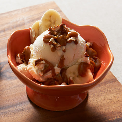 Sweet 'N Salty PB Caramel Sundaes