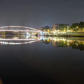 The other side by Rune Nilssen - City,  Street & Park  Night ( polen, krakow, fuji, night, bridge, x100, wisla )