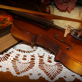 Violin on Lace by Gwen Short - Artistic Objects Musical Instruments