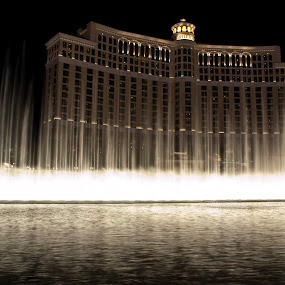 Bellagio Fountains 2 by Brent Huntley - Buildings & Architecture Office Buildings & Hotels ( brentsfavoritephotos.blogspot.com, bellagio, fountains, d3100, 18-270, show, travel, strip, landscape, tamron, photography, las vegas, nevada, night, long exposure, nikon )