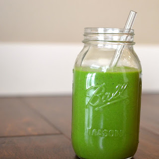 Immune Boosting Apple + Avocado Green Smoothie