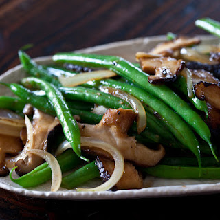 Green Bean and Shiitake Mushrooms
