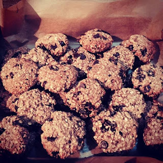 Low Fat Chewy Oats, Banana & Chocolate Chip Cookies