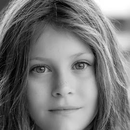 young girl by Vibeke Friis - Babies & Children Child Portraits ( b/w, girl, portrait,  )