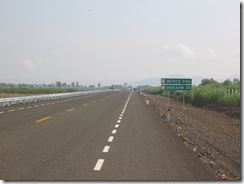 Airport Highway 6-08 014