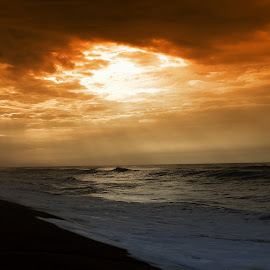 Let there be light by Shamba Mukherjee - Novices Only Landscapes ( clouds, waves, dark, cloud, sea, ocean, beach )