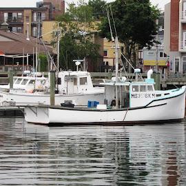 Taking a Break by John Morris - Transportation Boats