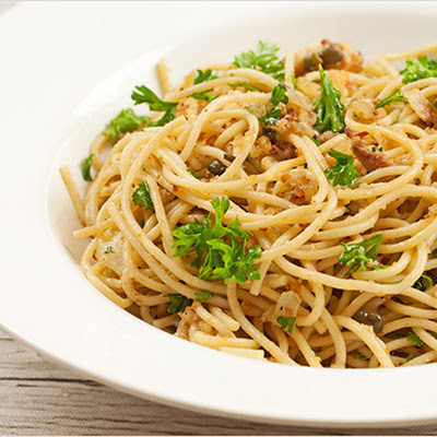 Spaghetti with Garlic-Toasted Crumbs and Anchovies
