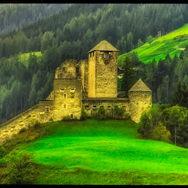 Heinfels by Petr Klingr - Buildings & Architecture Public & Historical ( hdr     alps     mountains     clouds     sun, castle )