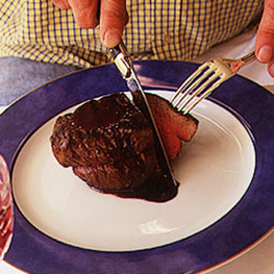 Filet de Boeuf au Vin de Marcillac (Filet of Beef with Marcillac Wine Sauce)