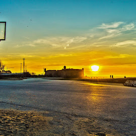 No Ball no Baskett  by José Pedro Whiteman - Buildings & Architecture Other Exteriors ( basketball, sand, streetbasket, sunset, basketball table, castle, beach )