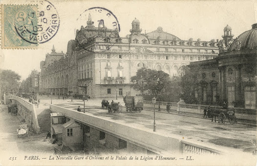 Les travaux, commencés au printemps 1898, sont rapidement menés. La gare d'Orsay et son hôtel sont inaugurés le 14 juillet 1900.