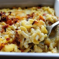Macaroni and Cheese with Caramelized Onions and Bacon