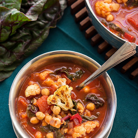 Roasted Cauliflower Tomato Soup