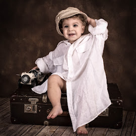 by Izabela Zaron - Babies & Children Child Portraits