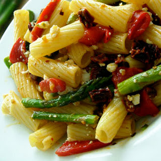 Pasta with Asparagus, Roasted Red Peppers, and Sun-Dried Tomatoes