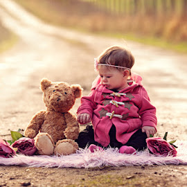 Mathilda & Teddy by Claire Conybeare - Chinchilla Photography - Babies & Children Toddlers
