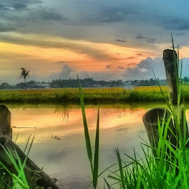 REFLEKSI SENJA by Dwi Haris Fitriansyah - Instagram & Mobile Other (  )