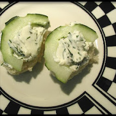 Herbed Cucumber Canapes