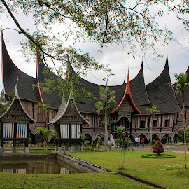 rumah gadang by Damaris Widiatmoko - Buildings & Architecture Homes ( rumah gadang, minangkabau, indonesia, west sumatra )