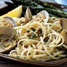 Linguine with Herbed Clam Sauce