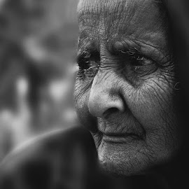 A Cry...... by Robin Mahmud - Uncategorized All Uncategorized ( sorrow, old, women, cry, emotion )