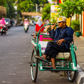 The Becak Driver by Fuad Arief - People Street & Candids ( gresik, tricycle, indonesia, east java, traditional, becak,  )
