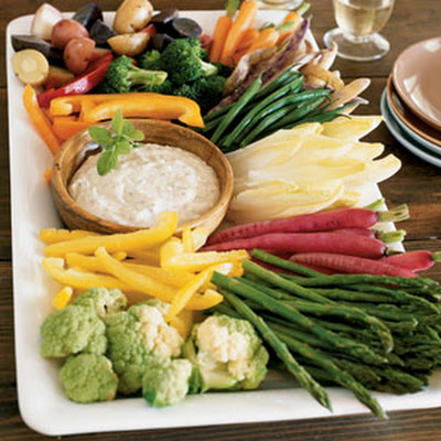 Crudité Platter with Roasted Garlic Aioli