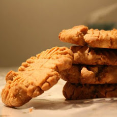 Moist & Chewy Irresistible Peanut Butter Cookies